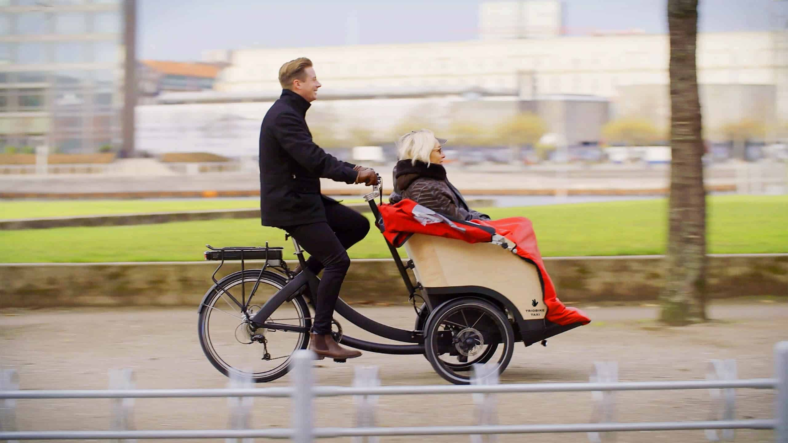 TRIOBIKE taxi - The taxi bike that offers comfort, accessibility and